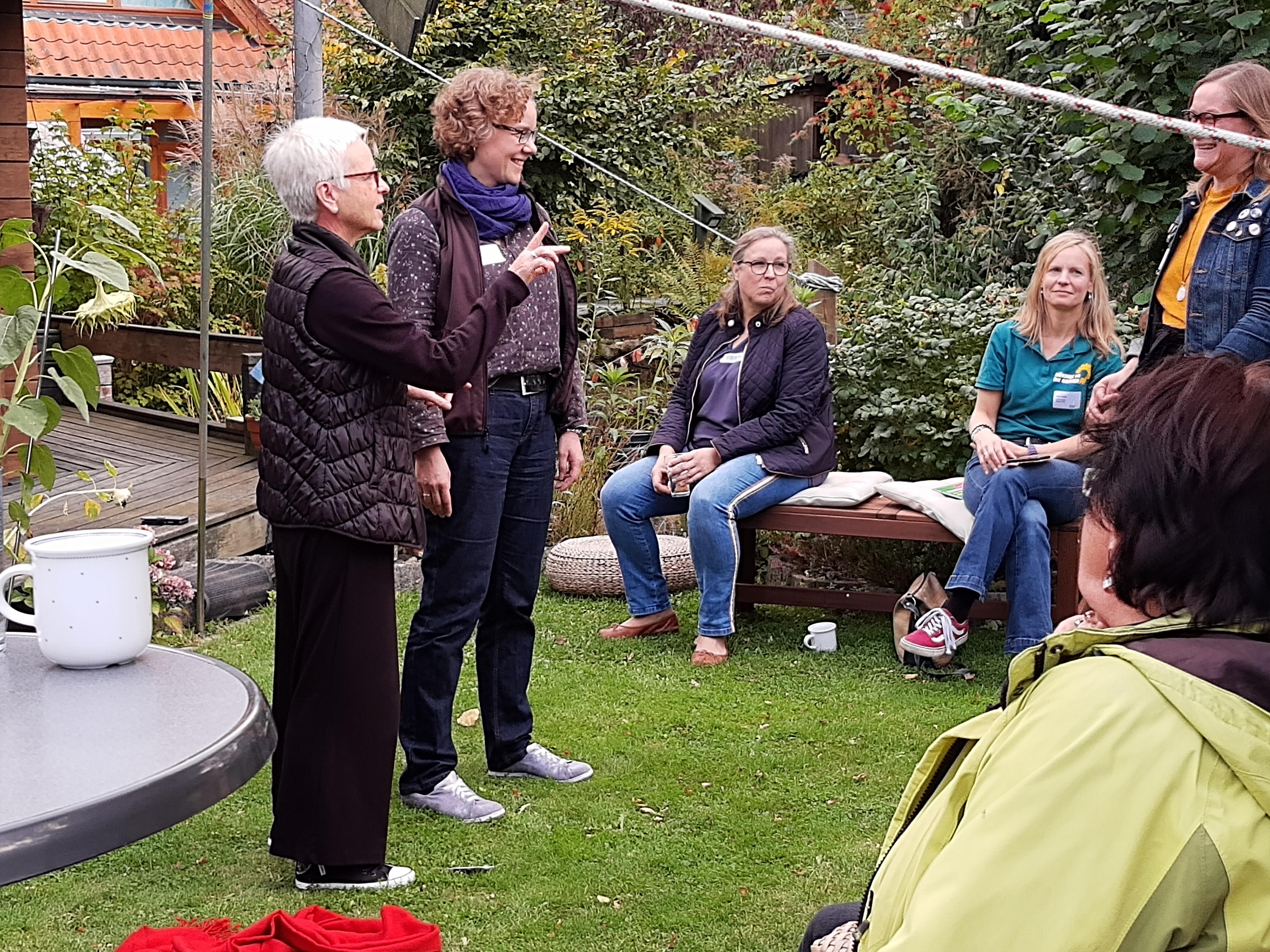 Julia Verlinden mit Stimmcoach Esther Schweizer
